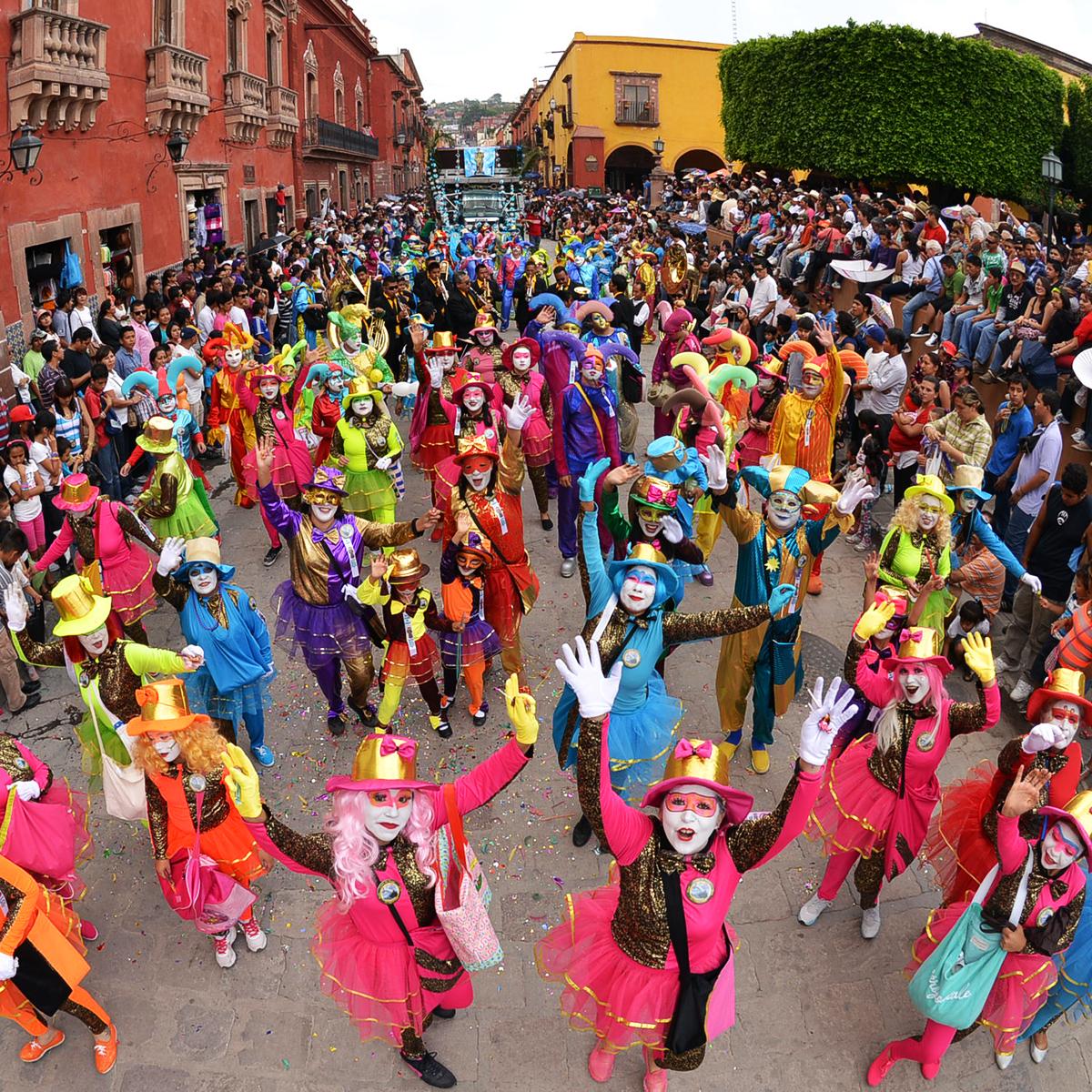 Desfile de los Locos